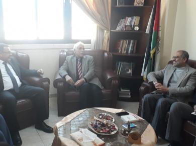 الفالوجي يستقبل محافظ غزة ورئيس جمعية الاغاثة الاسلامية 48